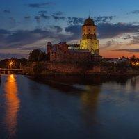 Выборгский замок ночью :: Владимир Колесников