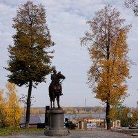 Памятник Надежде Дуровой :: Алексей Golovchenko