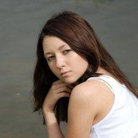 У озера :: Светлана Двуреченская