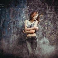 Пыль :: Анастасия Тихонова