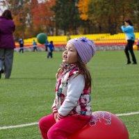 Вариации со спортивными мячами. :: Юрий Ефимов