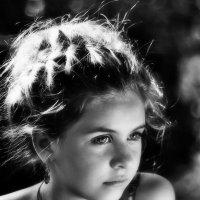 Девочки в грёзах летают, чаще всего поутру :: Ирина Данилова
