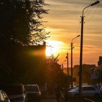 Вечер в городе :: юрий Амосов