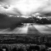 а из нашего окна вот такая ерунда :: Vladimir Zhavoronkov