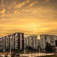 Утро в спальном районе :: Ярослав Афанасьев