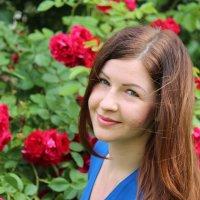 Лилия в розах :: Polina Polina