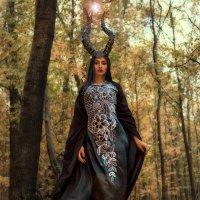 Maleficent :: Vektor Helgi