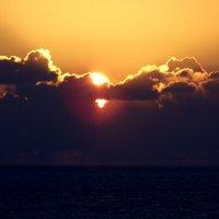 Закат над морем :: Валерьян Запорожченко