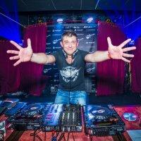 DJ2 :: Oleg Hardy