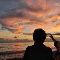 Года летят, как птицы на закате... :: Ирина Данилова