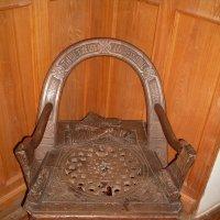 Кресло из музея Рериха. :: Ленор Ленорова)))