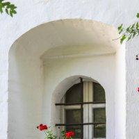 Уютный уголок в монастыре. :: Милена )))