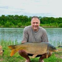Гордость рыбака :: Мария Богуславская