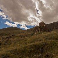 Храм на склоне :: Владимир Бегляров