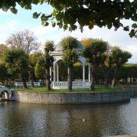 Пруд в парке Кадриорг :: laana laadas