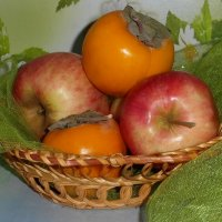 Натюрморт с фруктами. :: nadyasilyuk Вознюк