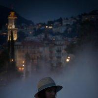 Уходящая вдаль.... сквозь фонтан Place Massena в Ницце :: Leo