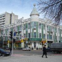 Зеленый дом на Красной улице :: Бояринцев Анатолий