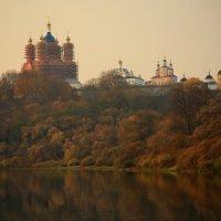 Монастырь.Вечереет... :: Карпухин Сергей