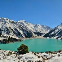 Большое Алматинское озеро (2500м) :: Андрей Гомонов