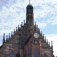 Церковь Божией Матери (Фрауенкирхе) на рыночной площади в Нюрнберге :: Елена Павлова (Смолова)