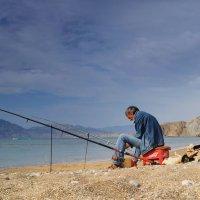 одинокий рыбак :: юрий ярмонтович