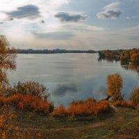 Осень грустна и печальна, и радостна, и хороша. :: Лидия Цапко