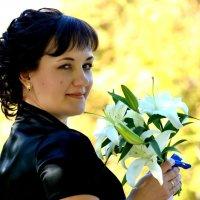 Лилия... :: Марина Пономарева