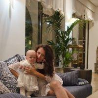 Мама с дочкой :: Сергей Лошкарёв