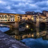 """Ponte Vecchio (""""Золотой мост""""). Флоренция :: Владимир Горубин"""