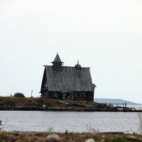 Остров :: Лидия Вихарева