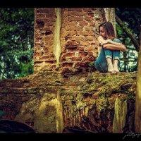 Alone.. :: Vitaly Shokhan