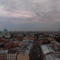 Над крышами :: Владимир Плужников