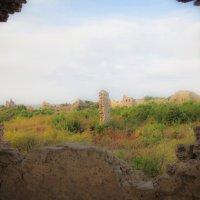 Античные развалины :: Сергей Щеглов
