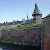 Замок Кронборг (что в переводе означает «Кулак») - замок Гамлета :: Елена Смолова
