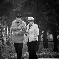 Размышления на прогулке :: Yuriy Puzhalin