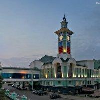 Вечерний вокзал :: Aleksey DavidoFF
