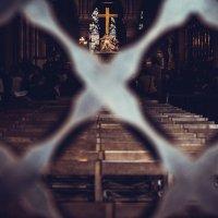 В церкви :: Olesya Likhacheva