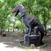 Таиланд. Кон Каен. Встреча с динозавром :: Владимир Шибинский