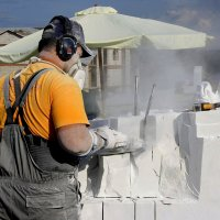Работа  скульптора  по  мрамору... :: Валерия  Полещикова