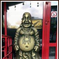 Болванчик Л (Китайский ресторанчик) :: muh5257