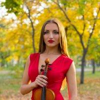 Девушка-скрипачка :: Алексей Варфоломеев