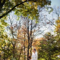 Осень и невеста... :: Батик Табуев