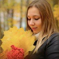 Не осень в нашей грусти виновата, а лишь в душе — отсутствие весны… :: Галина Мещерякова