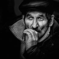 Цигарка... :: Анна Корсакова