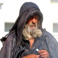 портрет вокзального бомжа :: Ingwar
