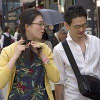 Прическа на ходу...(Камакура, Япония) :: Олег Неугодников