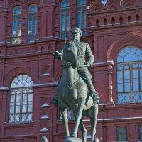 Памятник Жукову Г.К. :: Владимир Питерский