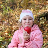 молодильное яблочко,плизир! :: Сергей Блинов