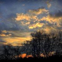Причуды небес последнего рассвета октября...4 :: Андрей Войцехов